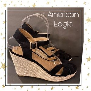 American Eagle Black Suede Espadrille Wedges 8.5